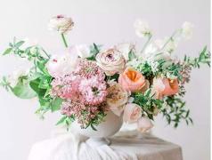 常州花店花艺培训:插花的技巧有哪些?